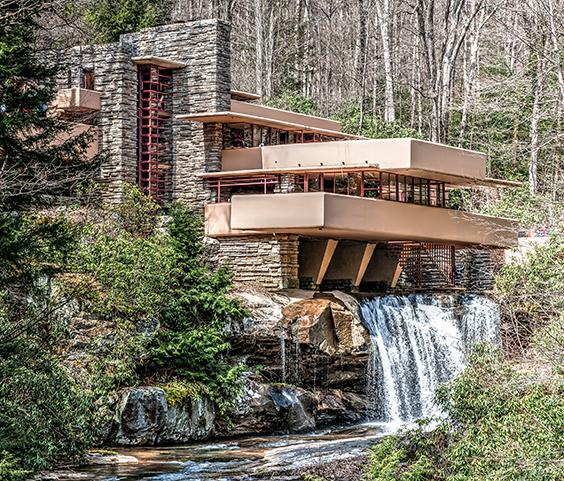 Frank Lloyd Wright Falling Water building